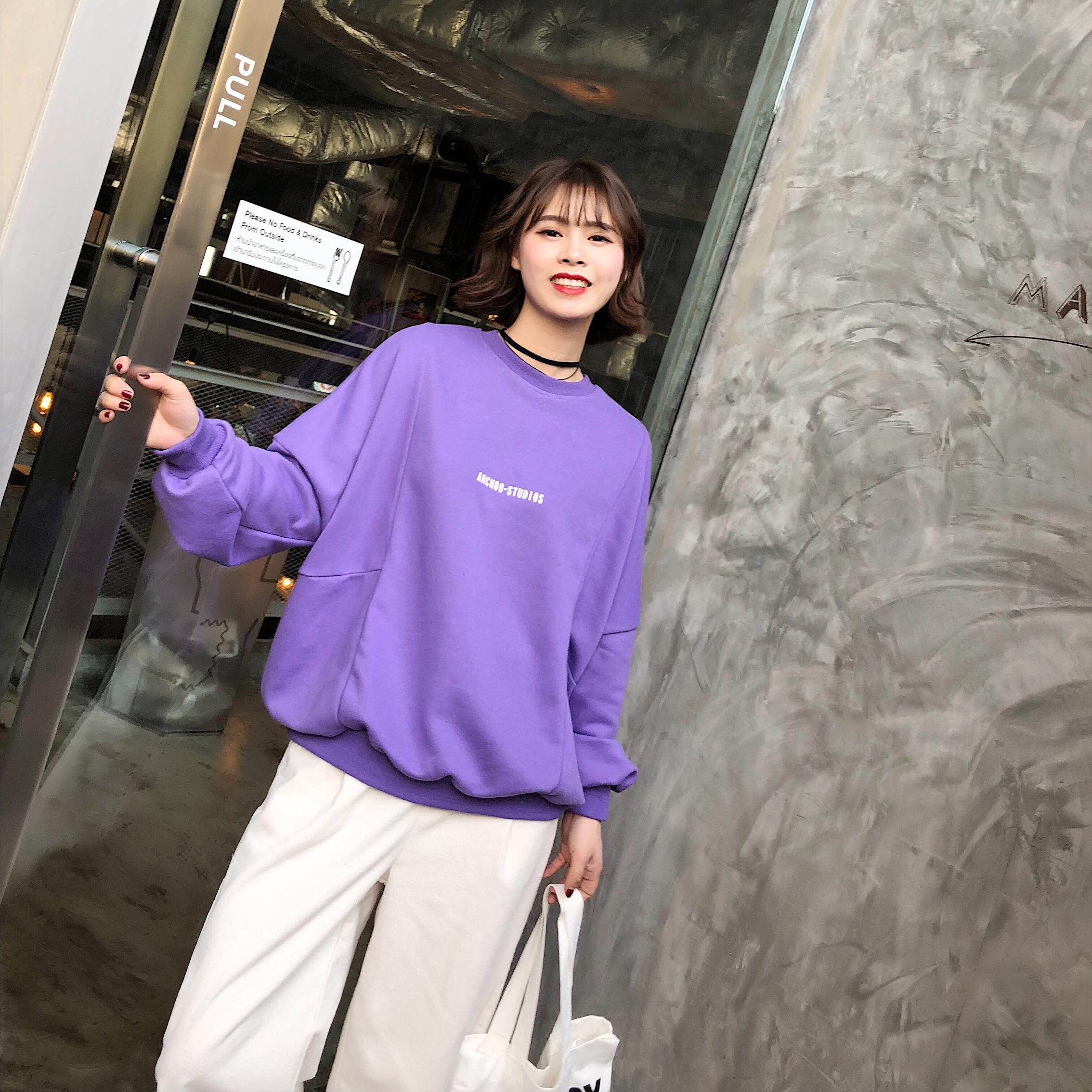 紫色卫衣 2018春季新款韩版胸前字母圆领卫衣女套头宽松显瘦短款bf风上衣_推荐淘宝好看的紫色卫衣