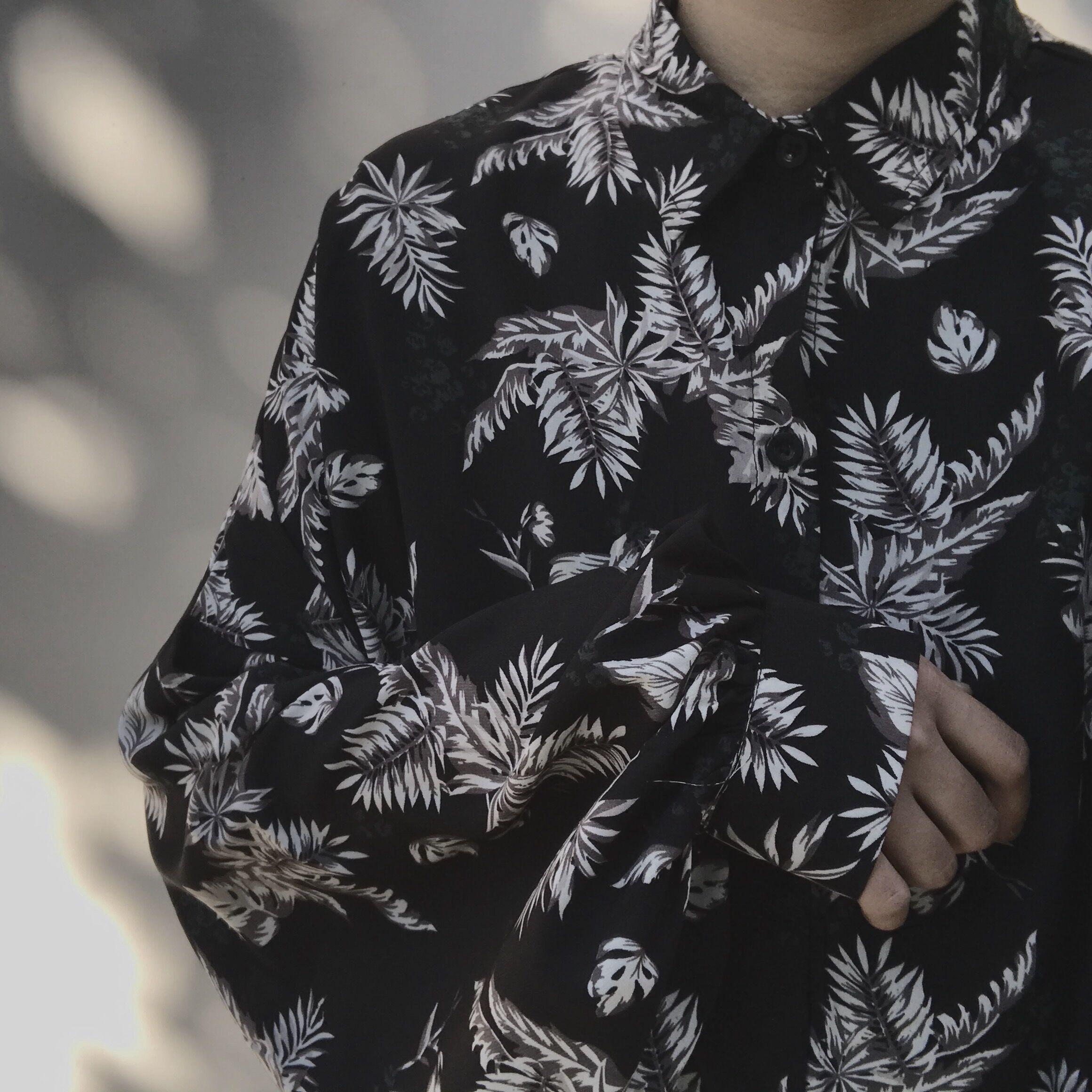 黑色衬衫 阿茶与阿古2018春装新款暗黑花卉廓形慵懒风韩风时髦衬衫_推荐淘宝好看的黑色衬衫