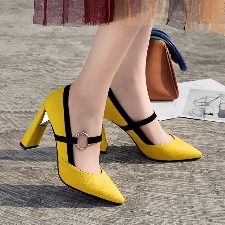 尖头性感高跟鞋 性感尖头黄色单鞋显瘦异型粗跟拼色尖头高跟鞋大码42 43 44 45 46_推荐淘宝好看的尖头性感高跟鞋