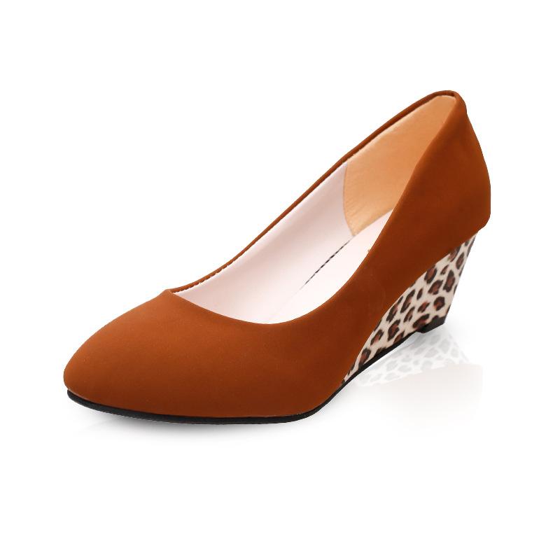 休闲豹纹坡跟鞋 2018春夏季新款女鞋时尚坡跟女潮鞋中跟休闲时装粗跟豹纹鞋工作_推荐淘宝好看的女休闲豹纹坡跟鞋