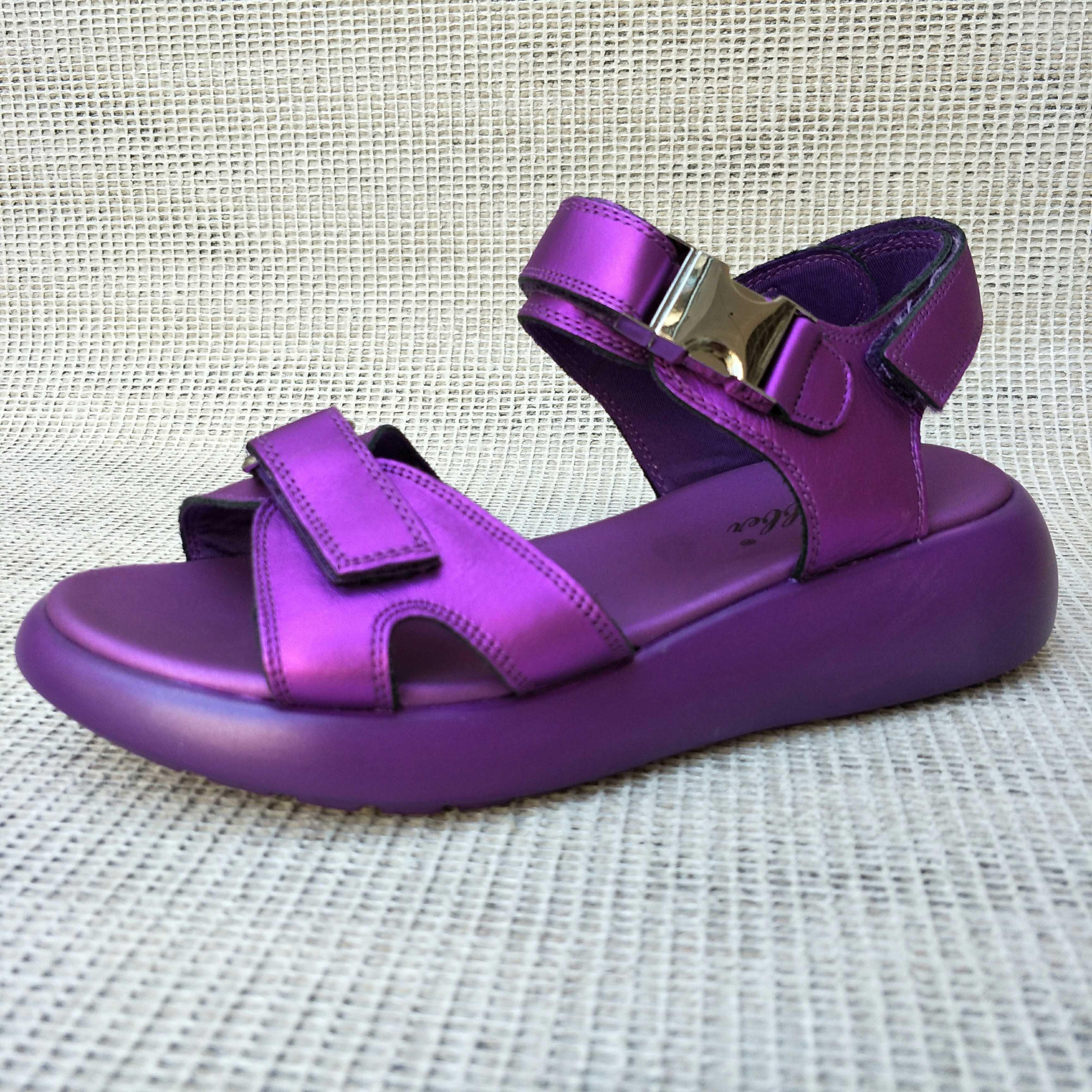 紫色鱼嘴鞋 2018凉鞋女夏真皮平底户外运动休闲断码特价露趾一字扣紫色沙滩鞋_推荐淘宝好看的紫色鱼嘴鞋