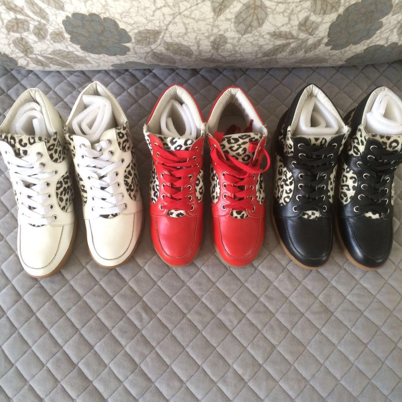 休闲豹纹坡跟鞋 断码清货 隐形内增高 休闲鞋 坡跟鞋 真皮鞋 豹纹鞋 女鞋 及裸靴_推荐淘宝好看的女休闲豹纹坡跟鞋
