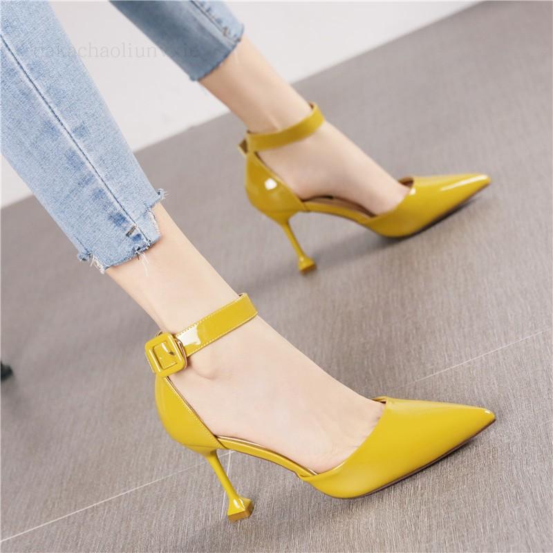 黄色单鞋 2018夏季新款黄色一字扣漆皮尖头中空细跟高跟鞋时尚欧美OL单鞋女_推荐淘宝好看的黄色单鞋