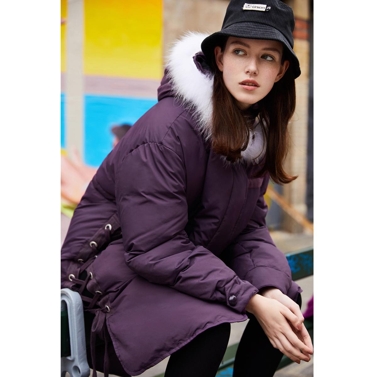 太平鸟羽绒服 太平鸟女装冬装新款紫色绑带毛领羽绒服中长款 连帽加厚面包服女_推荐淘宝好看的女太平鸟羽绒服