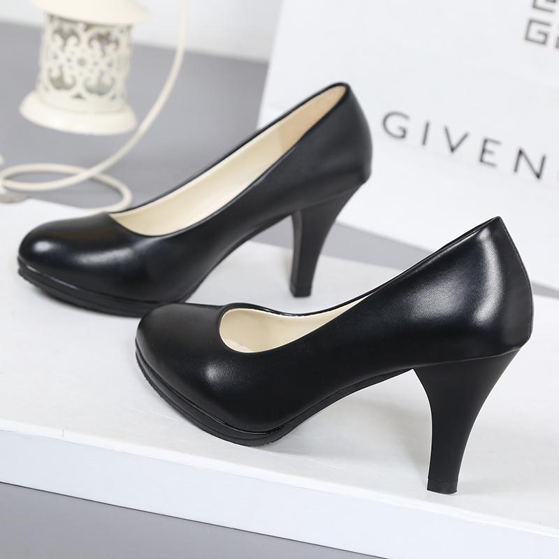 白色高跟鞋 工作鞋女黑色软皮高跟鞋职业面试白色中粗跟工装鞋礼仪鞋大码女鞋_推荐淘宝好看的白色高跟鞋