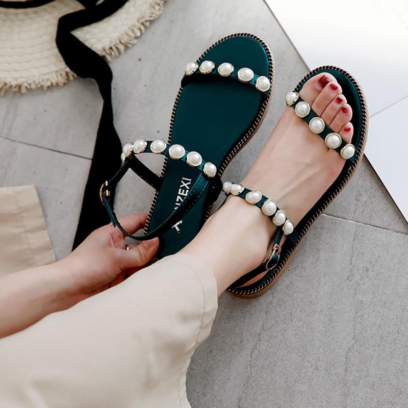 绿色凉鞋 罗马凉鞋女夏露趾平底韩版学生绿色简约韩国百搭沙滩夏季珍珠女鞋_推荐淘宝好看的绿色凉鞋