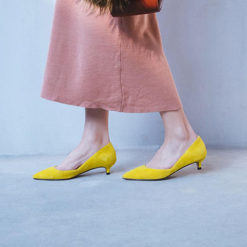 黄色单鞋 欧洲站黄色真皮小跟单鞋女3cm2018新款低跟百搭细跟中跟瓢鞋女春_推荐淘宝好看的黄色单鞋