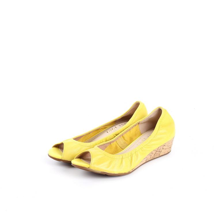 黄色鱼嘴鞋 十九系列春夏装专柜正品女鞋黄色舒适厚底鱼嘴单鞋凉鞋 58144_推荐淘宝好看的黄色鱼嘴鞋