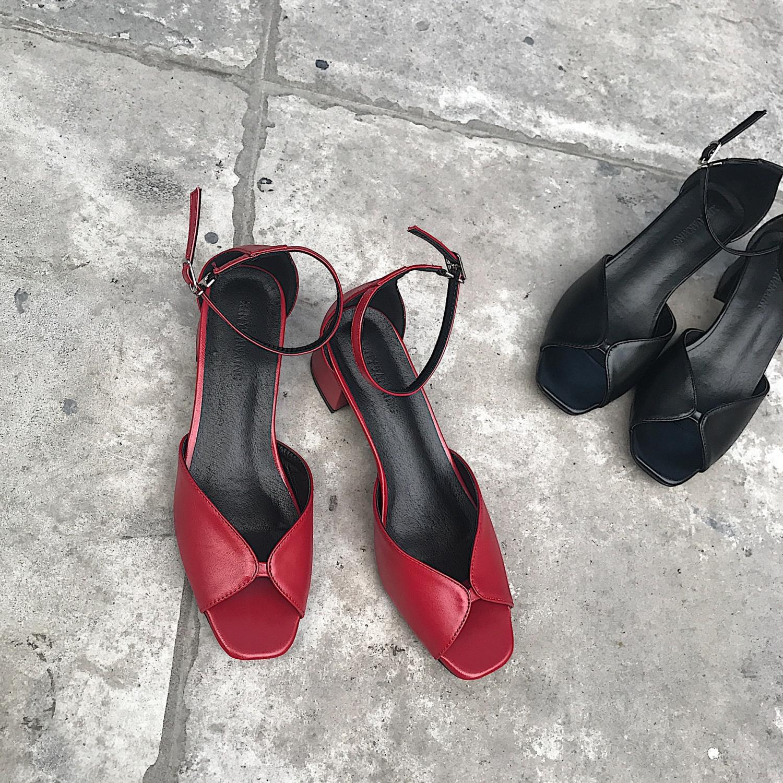 红色鱼嘴鞋 阿Q哥家 2019新款夏季中空鱼嘴复古低跟凉鞋红色方头粗跟女鞋子_推荐淘宝好看的红色鱼嘴鞋