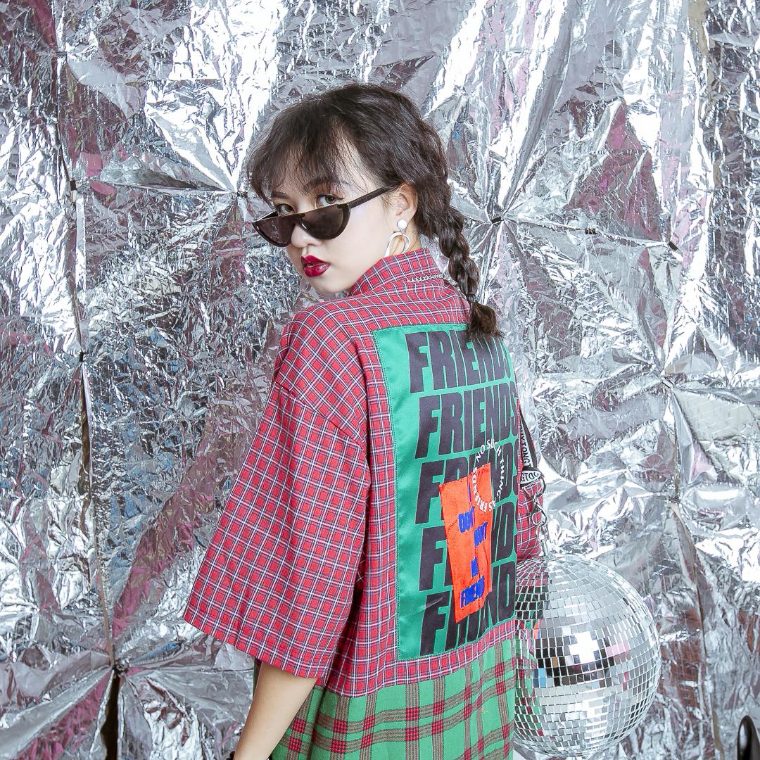 红格子衬衫 原创款欧美原宿风chic拼接撞色格子贴布字母男女同款宽松BF衬衫潮_推荐淘宝好看的女红格子衬衫