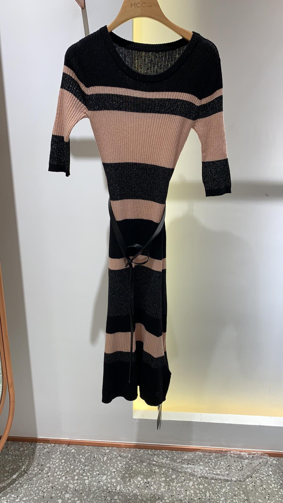 高档女装品牌连衣裙 【MCC高线品牌】秋季新款毛衣连衣裙  C83020291_推荐淘宝好看的品牌连衣裙