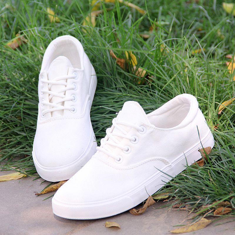 纯色帆布鞋 天天特价夏款低帮系带透气小白鞋女鞋森女显瘦纯色韩版白色帆布鞋_推荐淘宝好看的女纯色帆布鞋