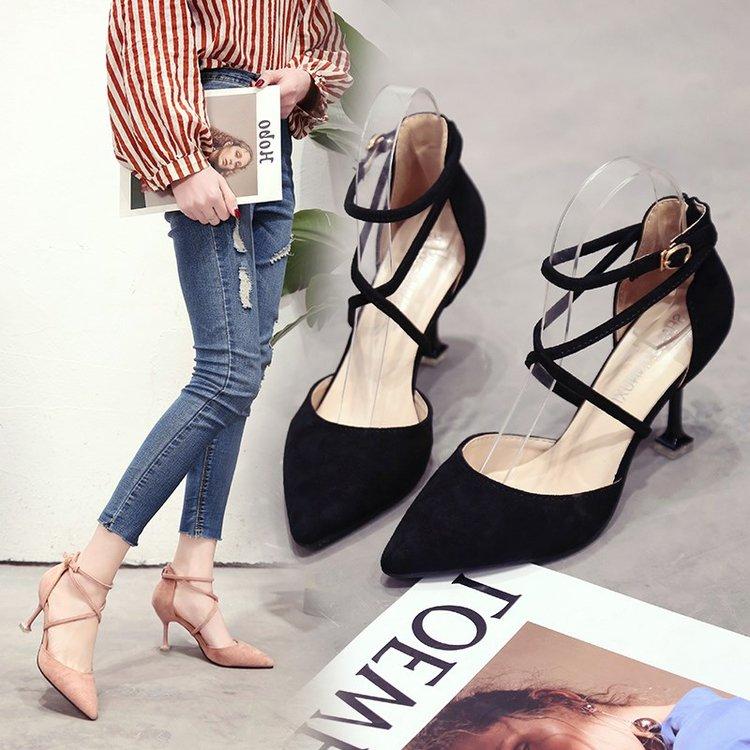 粉红色高跟鞋 粉红色高跟鞋6-7-8厘米包头尖头细跟女鞋一字带扣细跟猫跟黑色单_推荐淘宝好看的粉红色高跟鞋