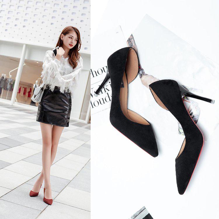 黑色高跟鞋 2018新款春秋季韩版百搭黑色绒面侧空高跟鞋女生性感细跟尖头单鞋_推荐淘宝好看的黑色高跟鞋