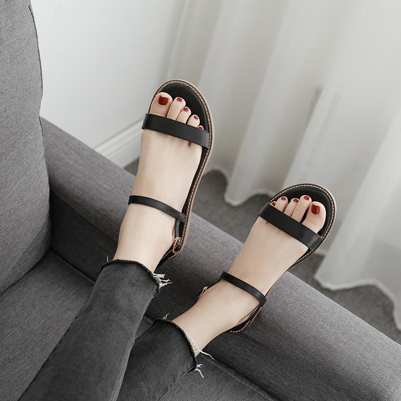 白色罗马鞋 2019新款夏白色平底平跟凉鞋女仙女风网红大码百搭罗马鞋一字扣带_推荐淘宝好看的白色罗马鞋