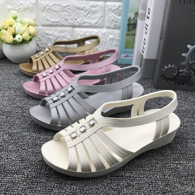 坡跟凉鞋 女凉鞋夏季塑料鱼嘴凉鞋女中老年坡跟塑料凉鞋妈妈鞋护士鞋工作鞋_推荐淘宝好看的女坡跟凉鞋