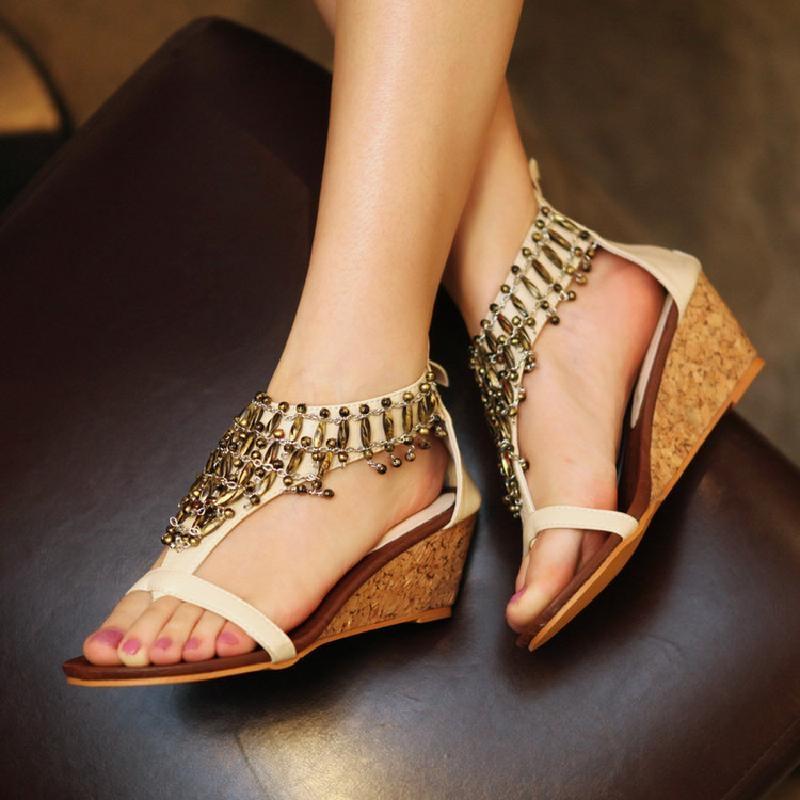 罗马女凉鞋 民族风复古流苏吊坠夹趾凉鞋坡跟高跟鞋韩版女鞋子波西米亚罗马鞋_推荐淘宝好看的女罗马凉鞋