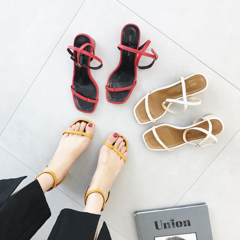 黄色凉鞋 套趾凉鞋夏季文艺复古方头女鞋黄色一字扣绑带罗马分趾粗跟高跟鞋_推荐淘宝好看的黄色凉鞋