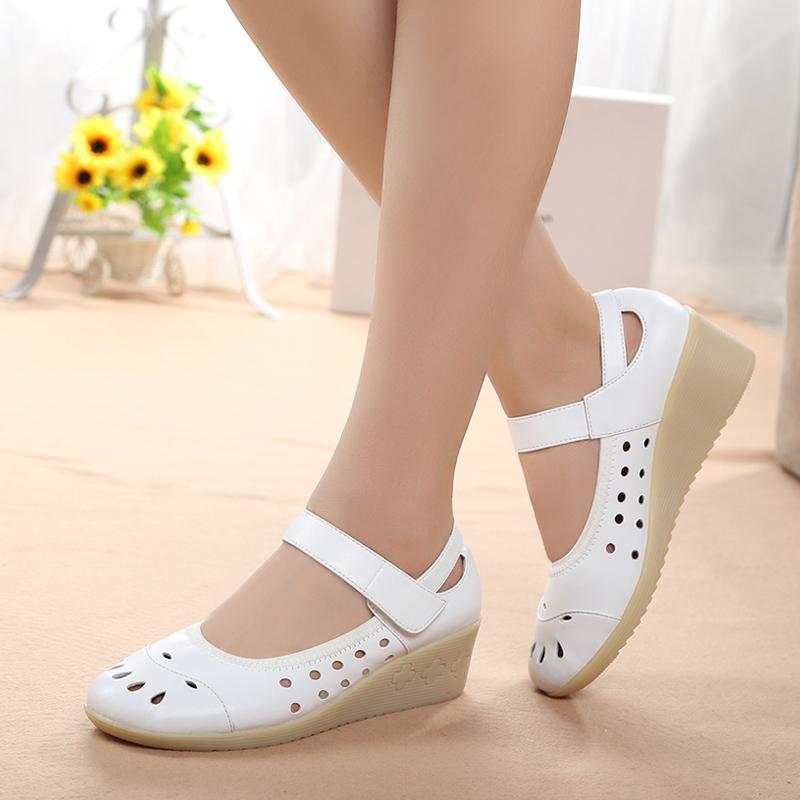 凉鞋孕妇坡跟鞋 护士鞋夏季白色镂空坡跟牛筋底女护士凉鞋洞洞鞋美容鞋妈妈孕妇鞋_推荐淘宝好看的凉鞋孕妇坡跟鞋