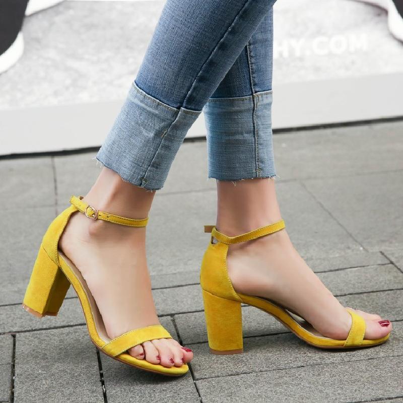 黄色罗马鞋 韩版2018新款黄色凉鞋女粗跟夏季百搭一字带高跟鞋女真皮凉鞋罗马_推荐淘宝好看的黄色罗马鞋