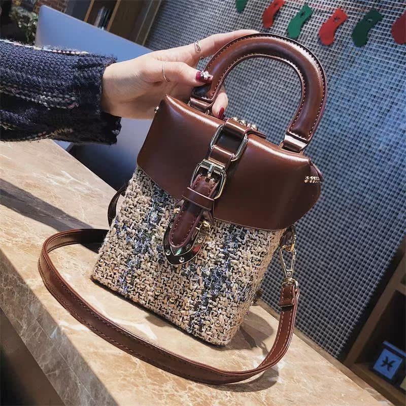 手提包 2018新款女包铆钉复古手提包时尚锁扣小方包盒子包韩版单肩斜挎包_推荐淘宝好看的女手提包