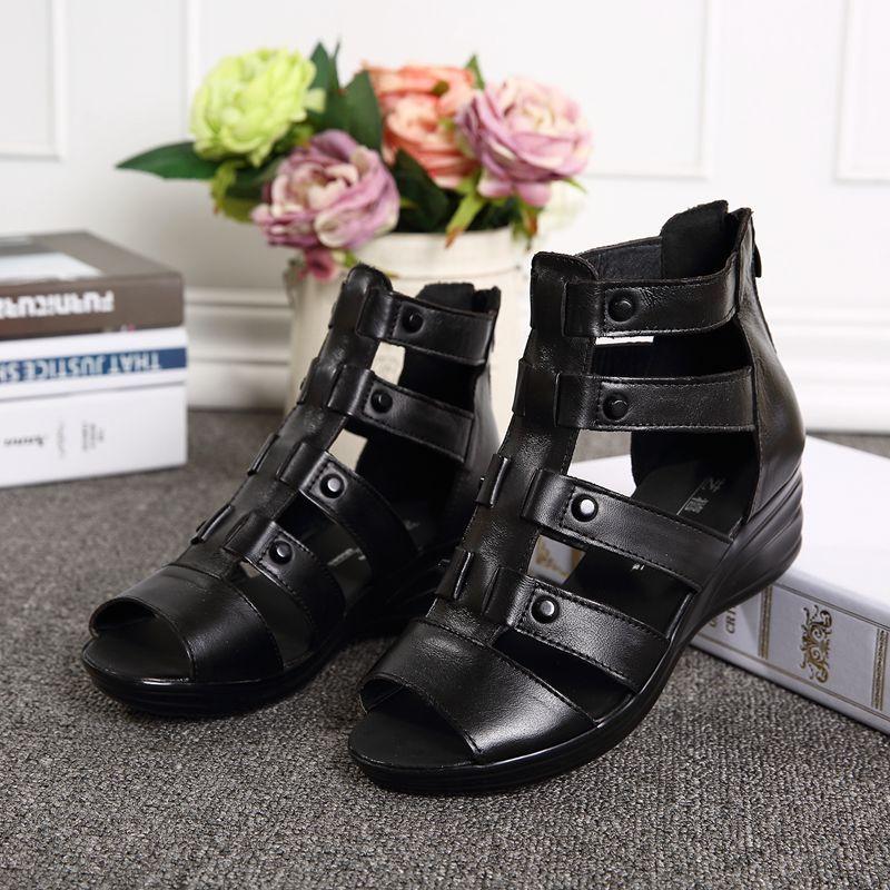 坡跟凉鞋 夏季新款牛皮妈妈凉鞋坡跟舒适中老年女鞋高帮罗马鞋中跟包邮新品_推荐淘宝好看的女坡跟凉鞋