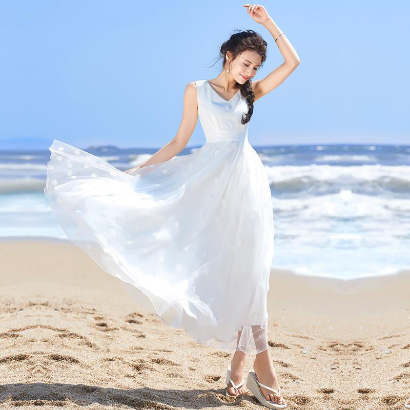 白色无袖连衣裙 原创2018夏v领白色连衣裙女修身无袖雪纺裙复古长裙气质白纱裙仙_推荐淘宝好看的白色无袖连衣裙