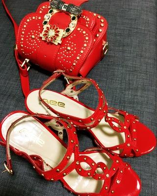 红色罗马鞋 黑色红色水钻铆钉百搭高跟罗马女人绕脚女凉鞋220306087_推荐淘宝好看的红色罗马鞋