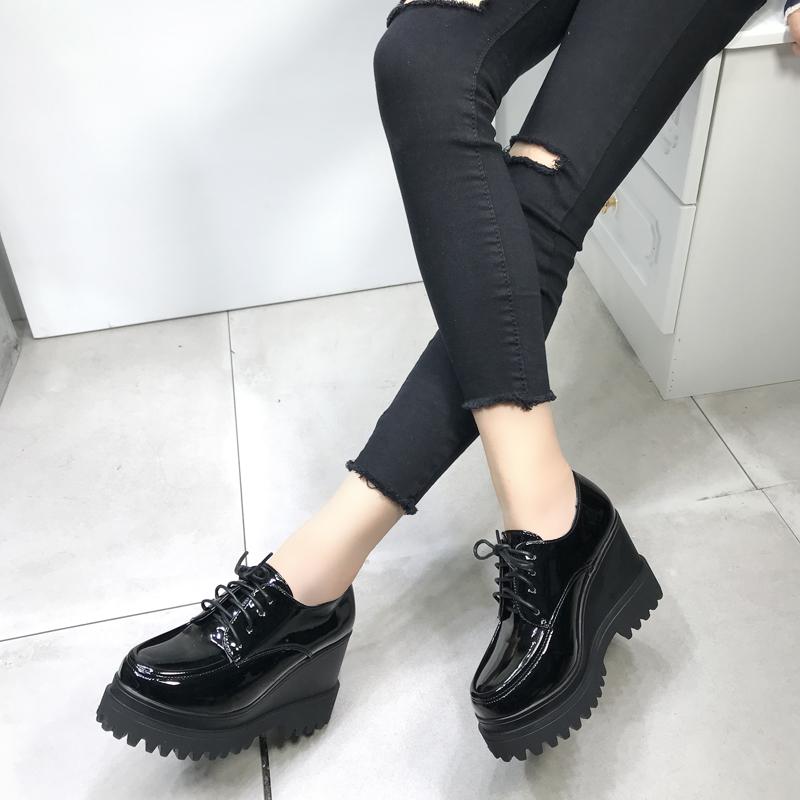 英伦松糕鞋 春季新款2019百搭韩版单鞋学生厚底松糕鞋女鞋增高英伦坡跟小皮鞋_推荐淘宝好看的英伦松糕鞋