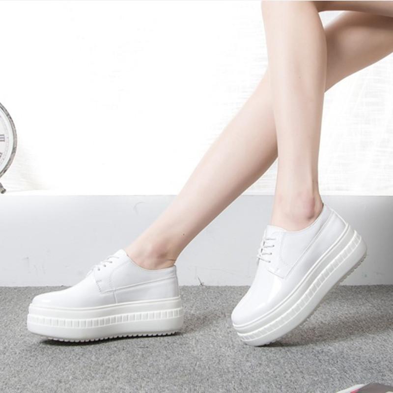 白色松糕鞋 2018春季秋季新款松糕鞋女百搭韩版增高白色超厚底街拍漆皮小白鞋_推荐淘宝好看的白色松糕鞋