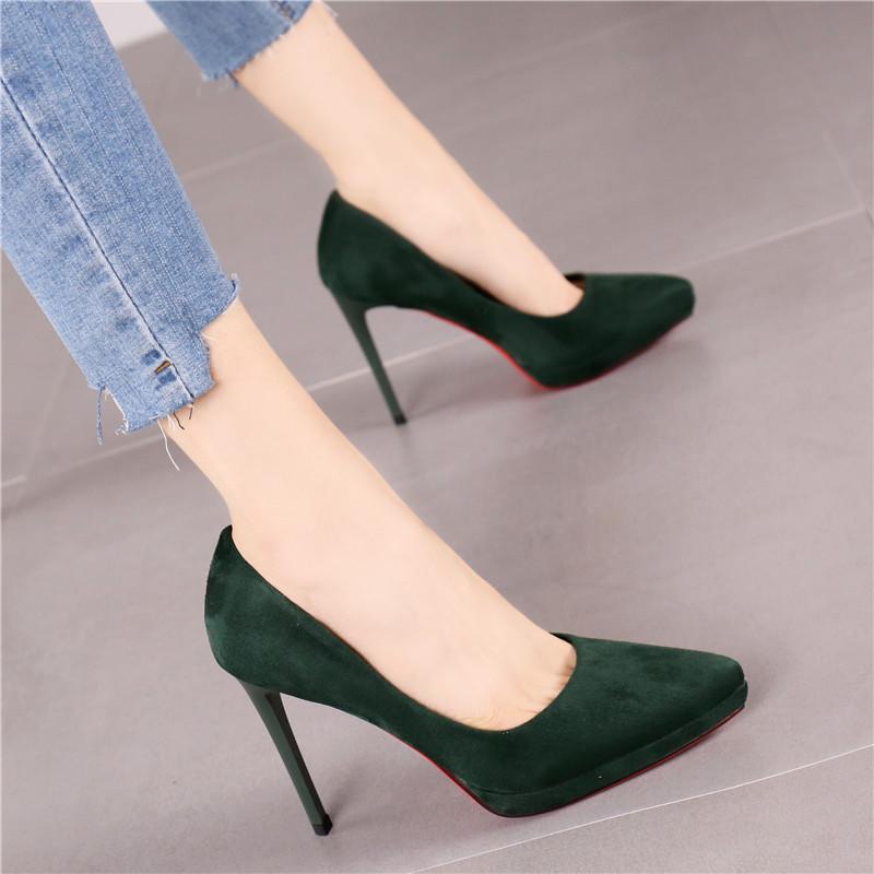 绿色高跟鞋 2018春季新款时尚墨绿色尖头绒面细跟高跟鞋女秋气质优雅通勤单鞋_推荐淘宝好看的绿色高跟鞋