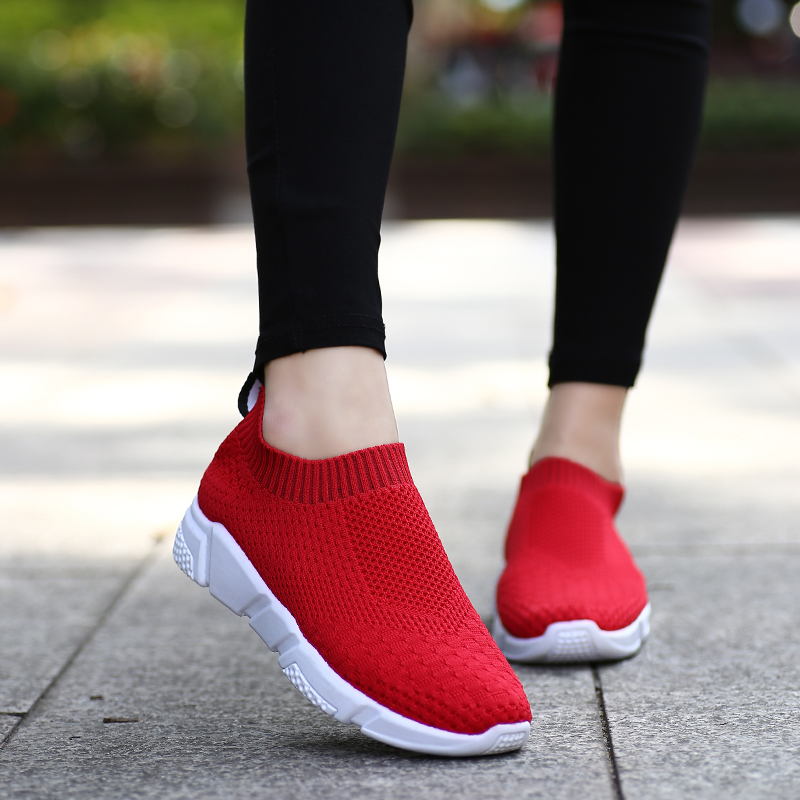 红色运动鞋 红色袜子鞋女秋季针织透气韩版百搭白黑学生新款厚底休闲运动鞋_推荐淘宝好看的红色运动鞋