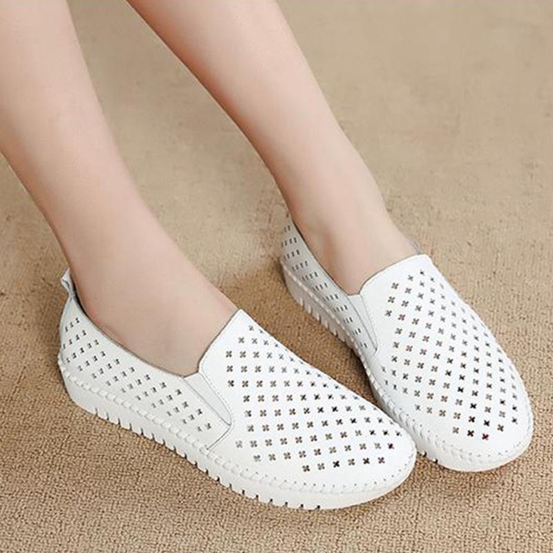 白色凉鞋 女夏季真皮平底休闲套脚带孔网眼潮凉皮鞋女包头镂空洞洞白色凉鞋_推荐淘宝好看的白色凉鞋