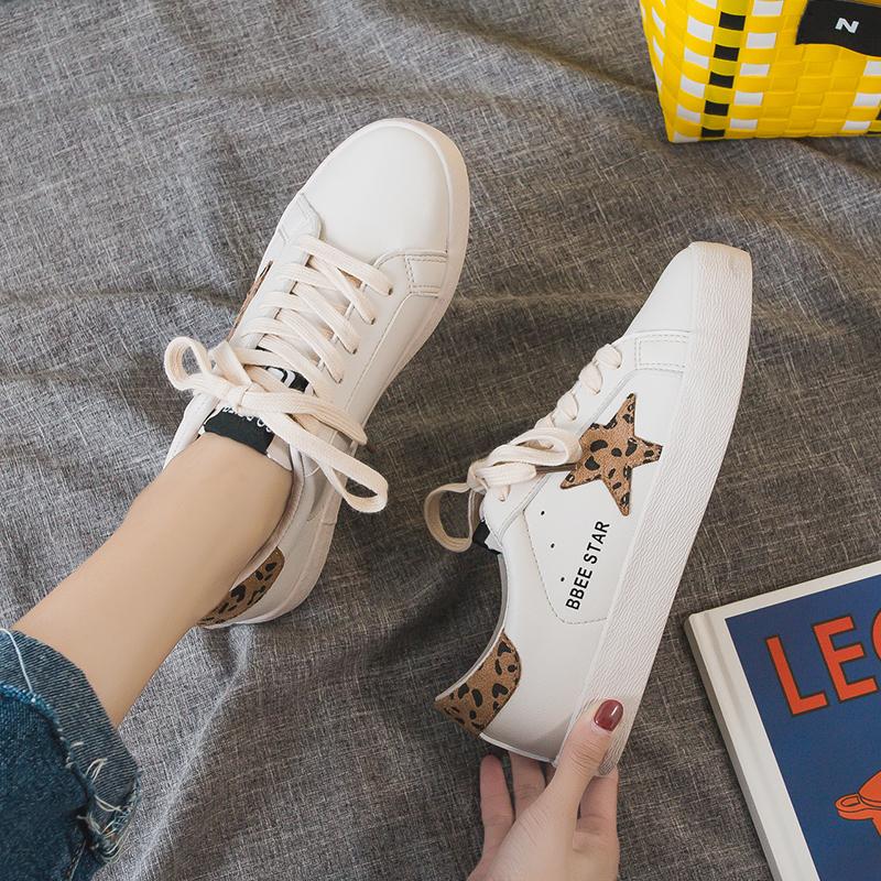 豹纹单鞋 19新款板鞋女休闲鞋星星豹纹超纤皮面运动鞋韩版学生网红潮流单鞋_推荐淘宝好看的豹纹单鞋