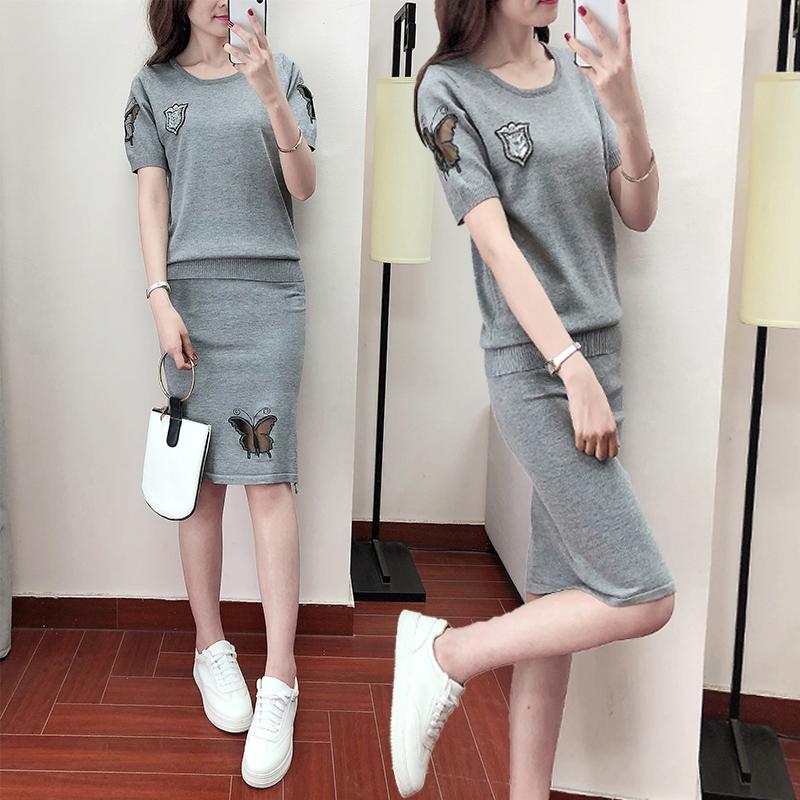 两件套针织衫 2018夏季新款韩版短袖毛针织衫包臀裙套装女港味针织连衣裙两件套_推荐淘宝好看的女两件套针织衫