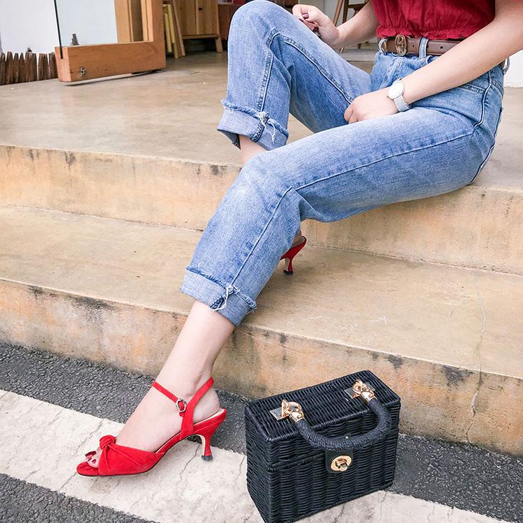 红色鱼嘴鞋 【菁菁家】欧美真皮凉鞋蝴蝶结红色细高跟鞋露趾一字扣带罗马鞋女_推荐淘宝好看的红色鱼嘴鞋