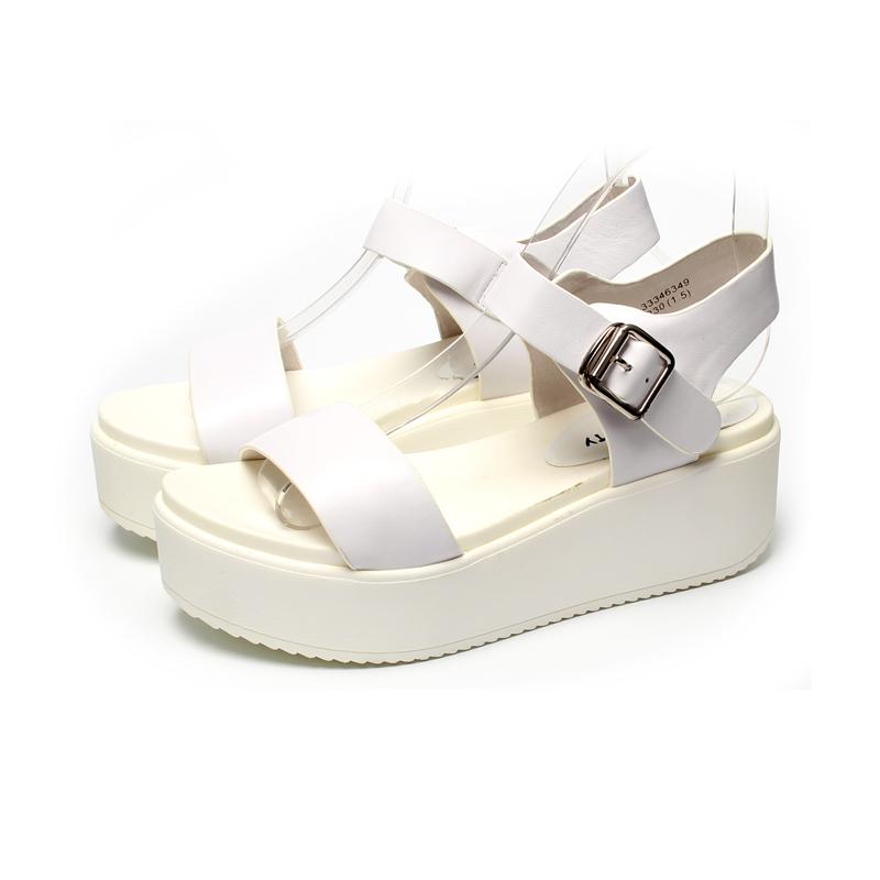 白色鱼嘴鞋 夏季韩版学院风休闲厚底女凉鞋真皮中跟露趾女鞋白色一字带学生鞋_推荐淘宝好看的白色鱼嘴鞋