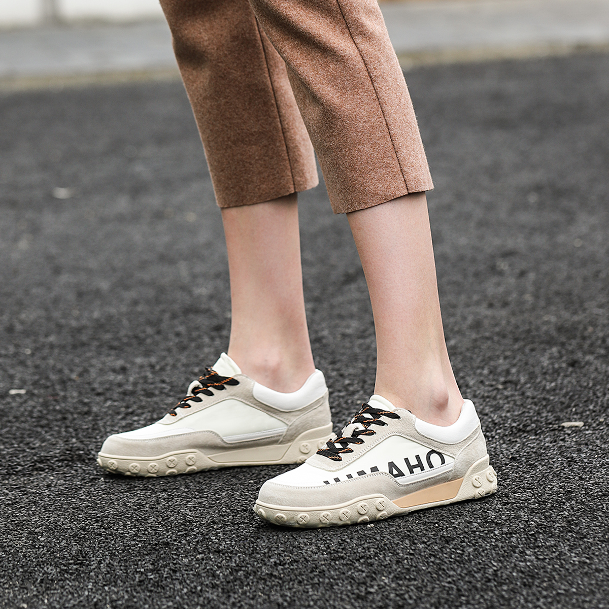 跑步鞋 香港mtmit2019新款女鞋轻便跑步鞋潮流运动鞋女休闲鞋老爹鞋_推荐淘宝好看的跑步鞋
