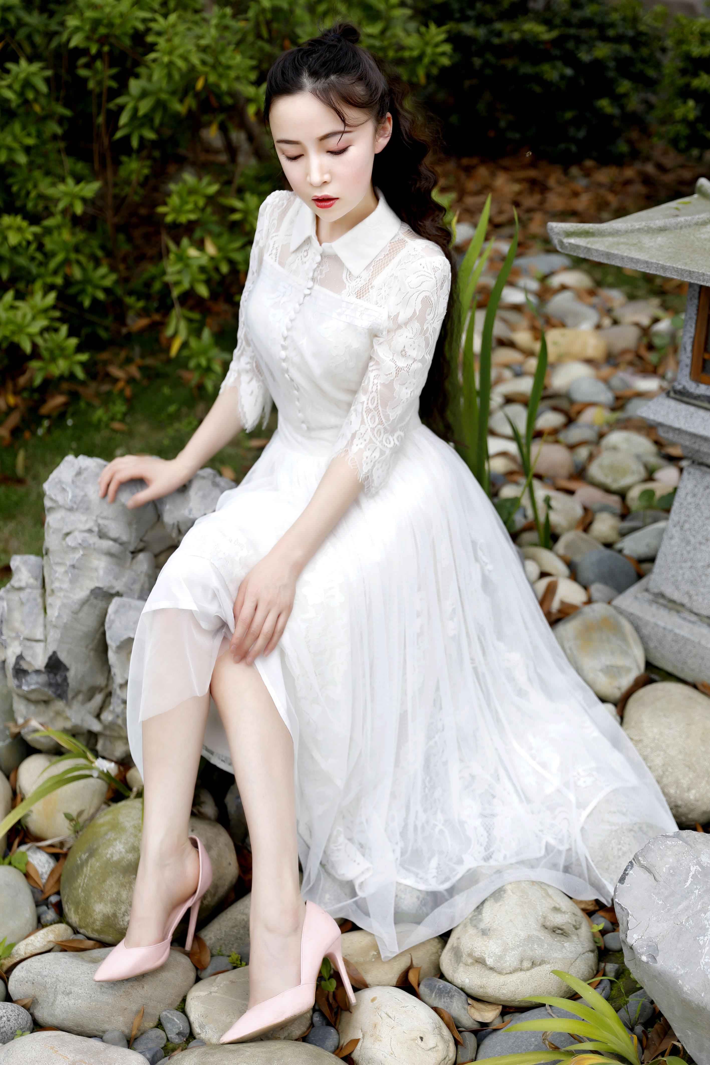 白色蕾丝连衣裙 Fandal 粉黛 米菲 新款小清新收腰白色蕾丝连衣裙女仙女裙子夏_推荐淘宝好看的白色蕾丝连衣裙