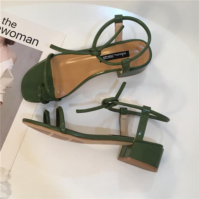 绿色凉鞋 韩版绿色系带套趾粗跟凉鞋女夏季新款2018中跟清新简约百搭学生鞋_推荐淘宝好看的绿色凉鞋