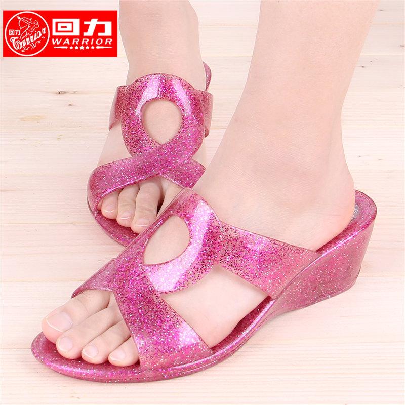 水晶坡跟鞋 回力水晶坡跟中老年女款夏季时尚中高跟拖鞋闪粉防滑塑料塑胶凉拖_推荐淘宝好看的水晶坡跟鞋