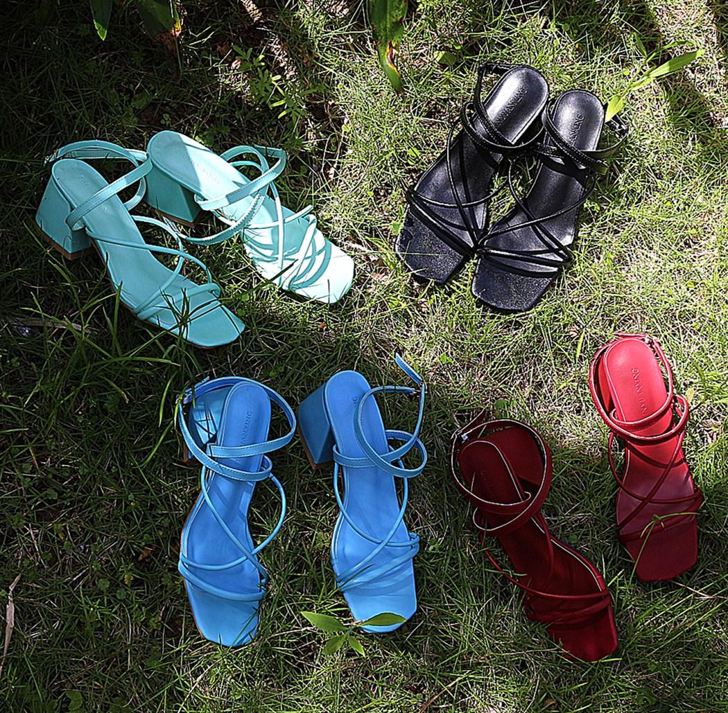 罗马高跟鞋 阿Q哥家 2017新款夏季 罗马女粗跟马卡龙蓝薄荷绿圆绑带高跟凉鞋_推荐淘宝好看的女罗马高跟鞋