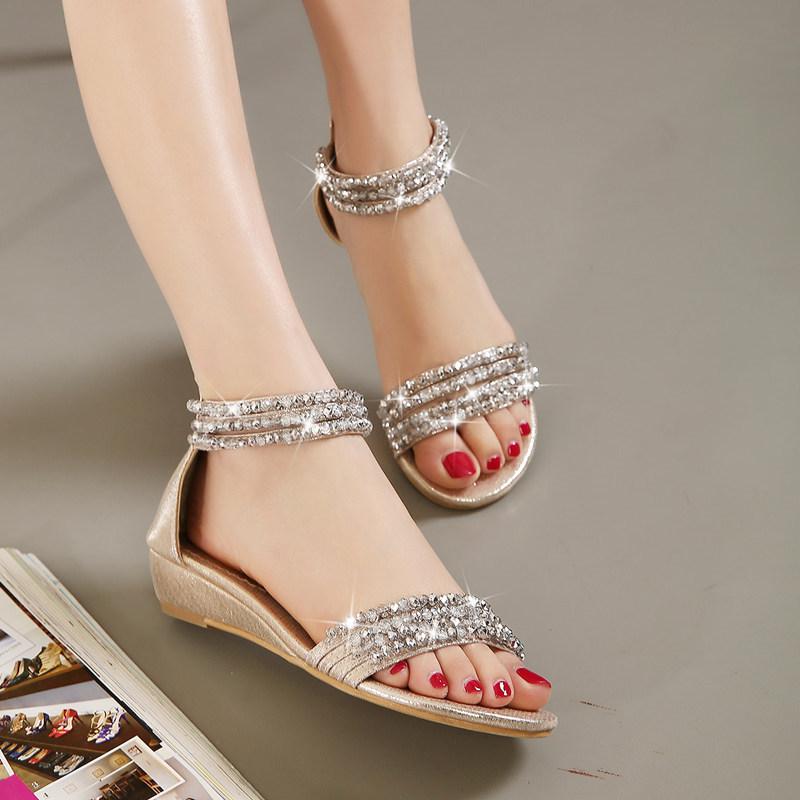 大码坡跟女凉鞋 小坡跟低跟波西米亚罗马凉鞋女鞋夏新款水钻串珠平底大码女鞋4241_推荐淘宝好看的女大码坡跟凉鞋