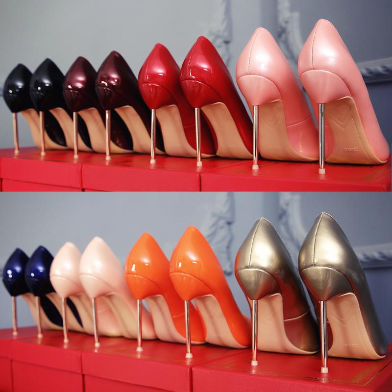 红色高跟鞋 新款裸色尖头浅口高跟鞋金属细跟黑色工作女单鞋性感红色新娘婚鞋_推荐淘宝好看的红色高跟鞋