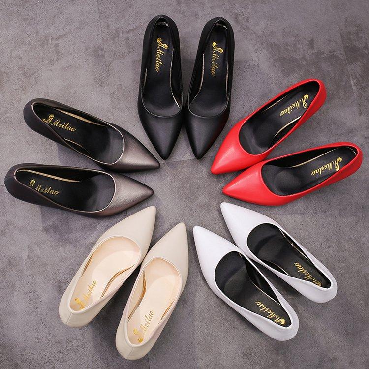 黑色高跟鞋 2018春季新款韩版细跟高跟鞋尖头浅口黑色工作鞋子时尚百搭单鞋女_推荐淘宝好看的黑色高跟鞋