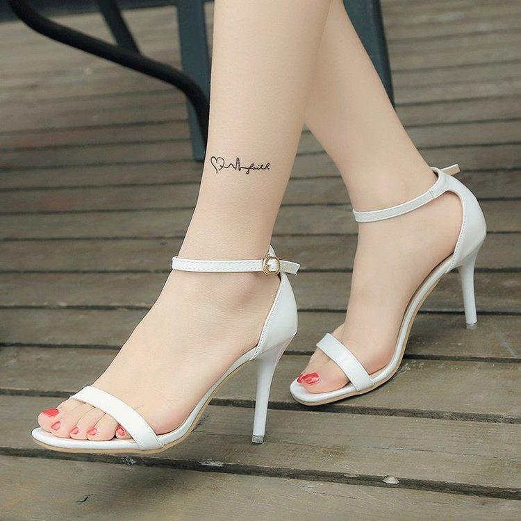 白色鱼嘴鞋 新款一字扣带高跟鞋细跟中跟凉鞋女夏性感简约白色露趾小码女鞋34_推荐淘宝好看的白色鱼嘴鞋