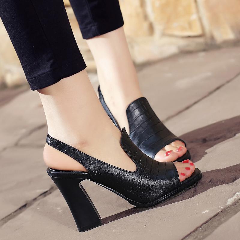 黑色罗马鞋 鱼嘴凉鞋女大码40小码33皮凉鞋高跟罗马鞋 欧美时尚粗跟女鞋黑色_推荐淘宝好看的黑色罗马鞋