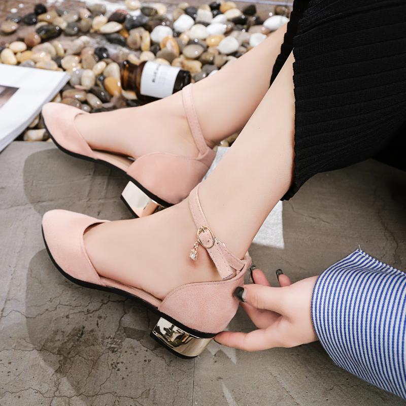 罗马女凉鞋 2018夏季新款韩版包头中跟凉鞋女鞋学生罗马一字扣带粗跟百搭单鞋_推荐淘宝好看的女罗马凉鞋