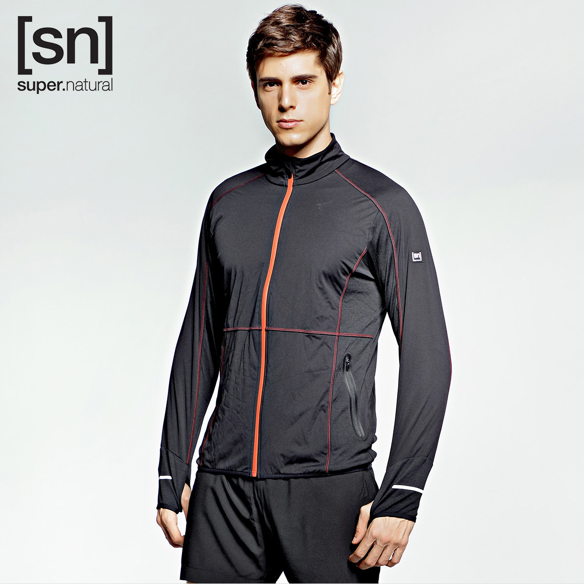 运动夹克 super.natural 男子抗风防水拇指洞设计黑色户外运动长袖夹克_推荐淘宝好看的男运动夹克