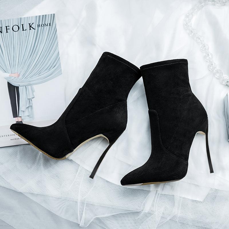高跟靴 米蒂图秋冬新款黑色尖头高跟性感细跟中短筒简约加绒保暖女裸靴_推荐淘宝好看的女高跟靴